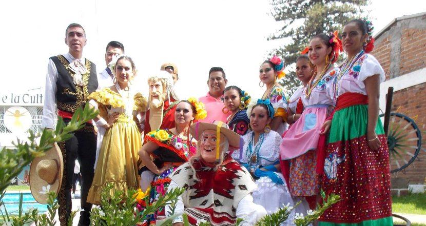 """1er Aniversario del Ballet Folklórico """"Erandeni"""""""