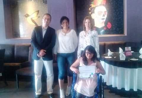Originaria de Carácuaro, Michoacán recibe el premio al mérito juvenil en la categoría discapacidad e integracion.