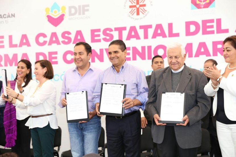 Arranca Gobernador obra de Casa Estatal del Adulto Mayor en Zitácuaro