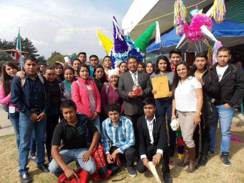 La UTOM celebra el primer concurso de piñatas tradicionales en Maravatio