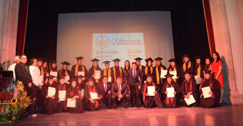 Entrega CIU Maravatío Cartas de Pasante de Licenciatura y celebran graduación de egresados de Maestría