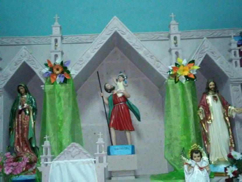 Celebración en honor a San Cristóbal, santo patrono de los chóferes (Cuartel V)