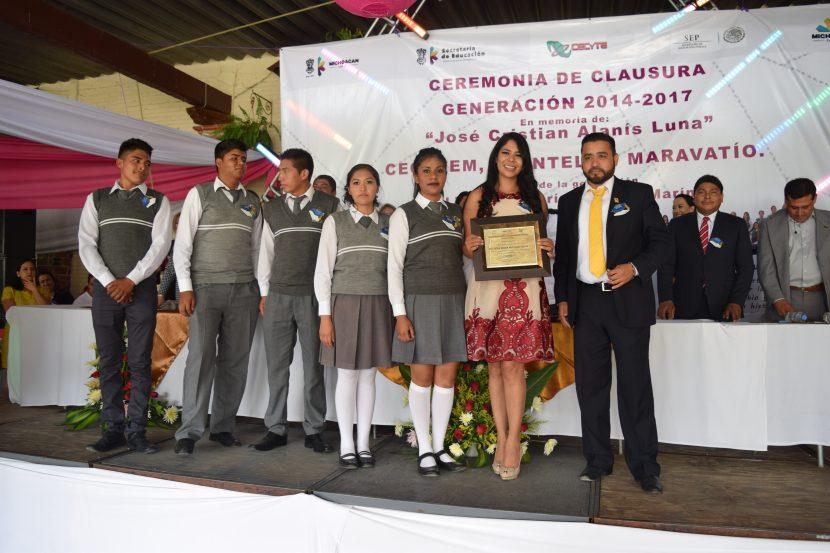 Celebran emotiva clausura de alumnos del Cecytem plantel Maravatío