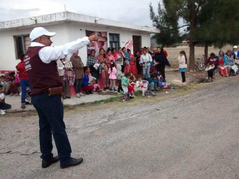 Francisco Carrillo gestionará la adquisición de un pozo para llevar el agua potable a comunidades
