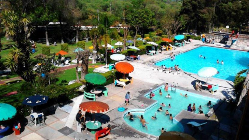 Balnearios de Michoacán podrán abrir al 50% de su capacidad