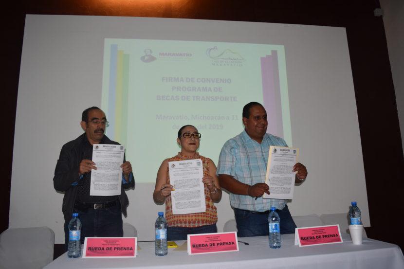 Ayuntamiento de Maravatío firma convenio con Grupo Herradura Occidente en beneficio de estudiantes maravatienses