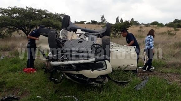 Chocan camionetas en la carretera Maravatío – Acámbaro; hay 9 lesionados
