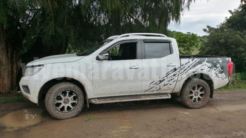 Policia Michoacán y civiles armados se enfrentan en Indaparapeo