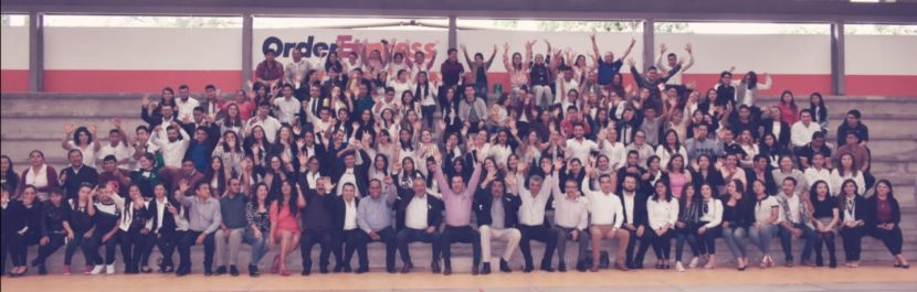 Jaime Hinojosa acude a la inaguración del ciclo escolar del IMCED Maravatío