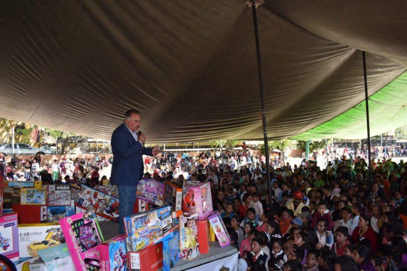 Ayuntamiento de Maravatío festejó a los niños con Festival de Día de Reyes