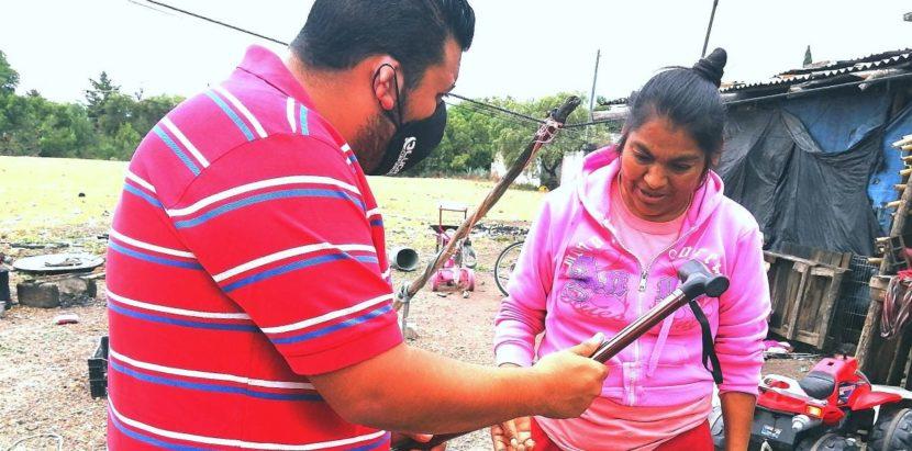 Asociación Civil Movimiento Juvenil Michoacán entrega aparatos funcionales a personas de escasos recursos