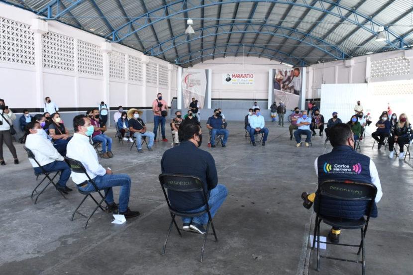 Comerciantes de Maravatío reciben créditos del Plan Emergente