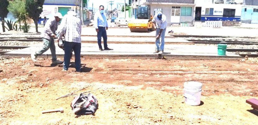 Jaime Hinojosa supervisa obras que se están ejecutando en el municipio