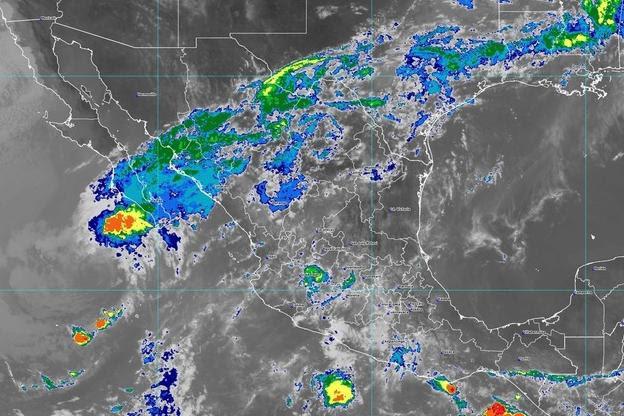 Pronostican lluvias fuertes y posible caída de granizo en gran parte de Michoacán