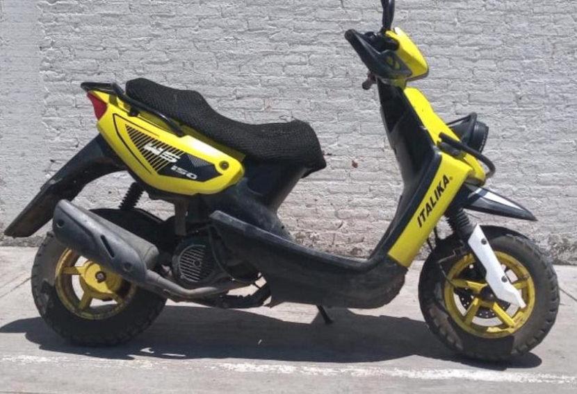 Lo detienen por traer moto con reporte de robo en Maravatío