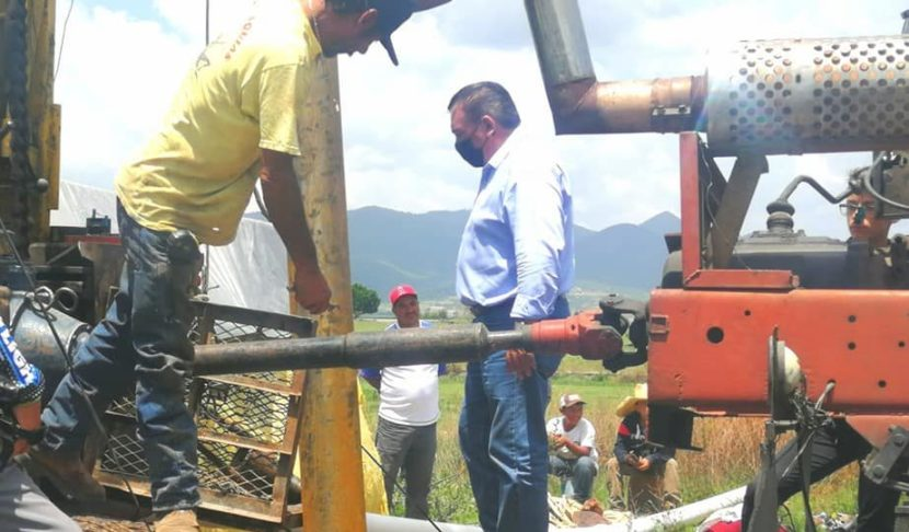 Jaime Hinojosa supervisa avances del nuevo pozo de agua potable en Encinillas