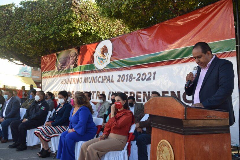 Acto cívico por el 255 Aniversario del natalicio de José María Morelos y Pavón en Maravatío