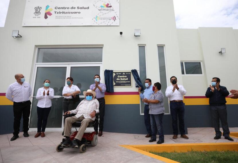 Inaugura Gobernador Centro de Salud de Tziritzícuaro