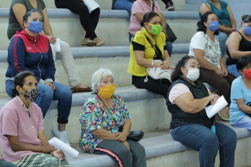 Mujeres de la Región Oriente reciben apoyos del Programa Palabra de Mujer