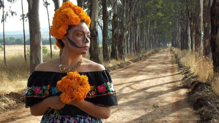 Invitan a participar en concursos de fotografía de Catrinas y de Canto