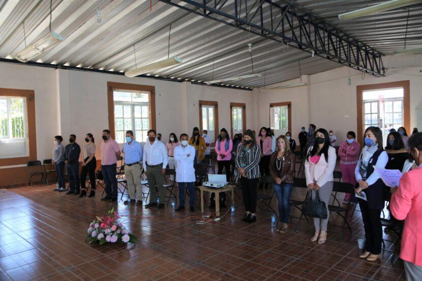 En Maravatío, ofrecen conferencia sobre el cáncer de mama