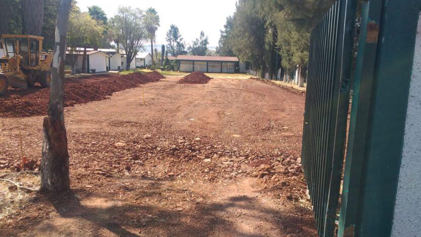 Ayuntamiento construye cancha de futbol rápido en el CBTa de Tungareo