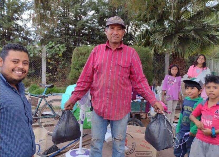 Movimiento Juvenil Michoacán realiza entrega de paquete alimentarios en Maravatio