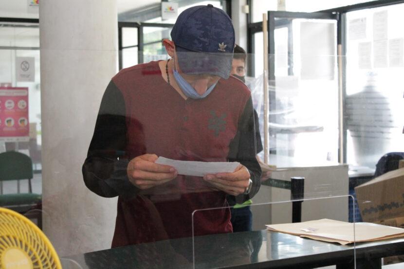 Hasta ocho años de cárcel para quien compre y venda documentos apócrifos