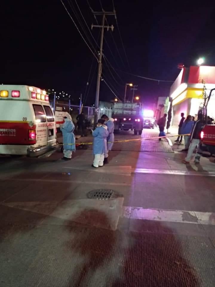Joven ciclista muere atropellado por un camión volteo, en Zitácuaro