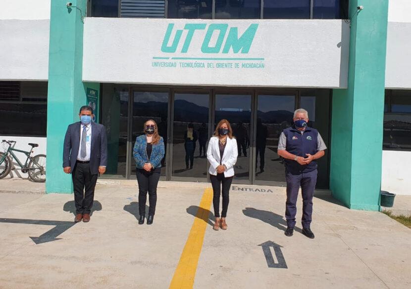 CECyTEM firma convenio de colaboración con UTOM