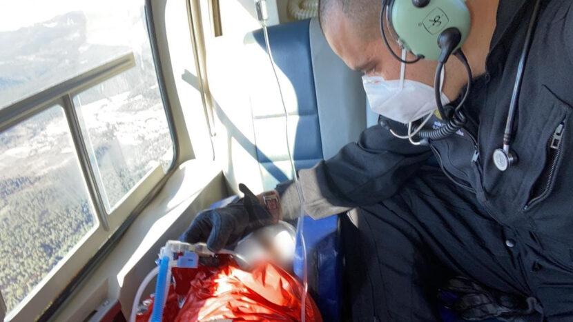 Pequeña con traumatismo craneoencefálico es trasladada vía aérea del hospital de Maravatío al infantil de Morelia